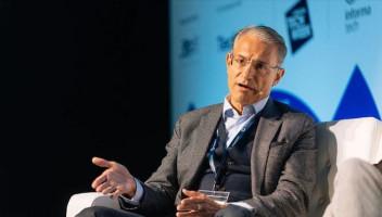Türk Telekom CEO'su 5G zirvesinden seslendi