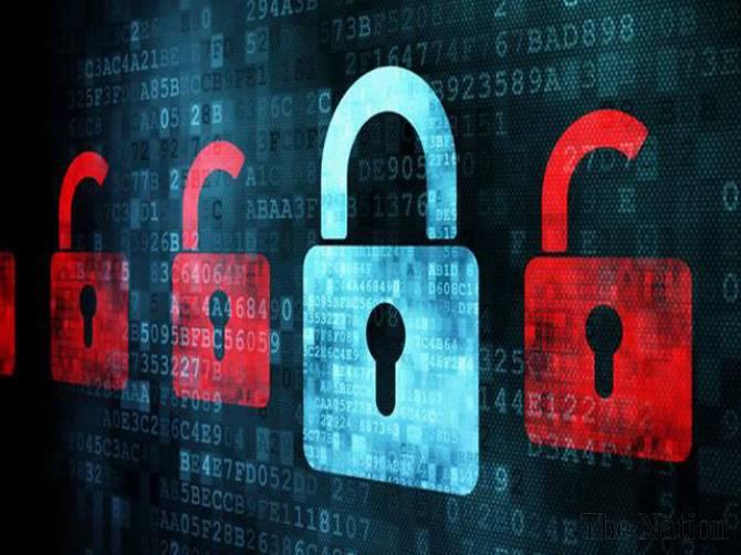 Иранских хакеров обвиняют во взломе крупных компаний по всему миру. Нажмит