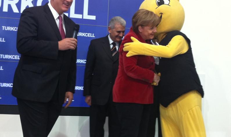 Almanya Turkcell'e en üst seviyede kucak açtı